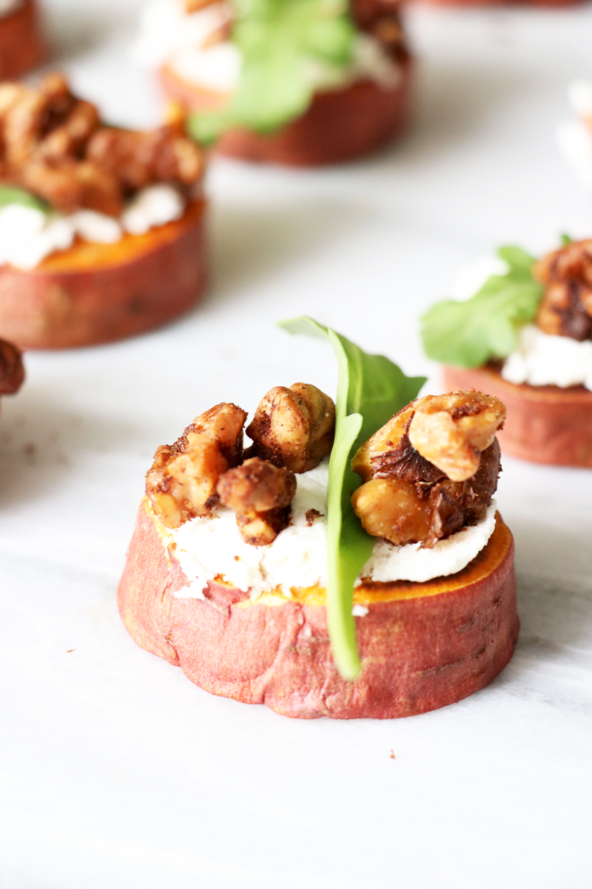 Sweet Potato Rounds with Vegan Ricotta Cheese, Arugula & Cinnamon Walnuts | Quick & Healthy Sweet Potato Appetizer from HealthyGroceryGirl.com